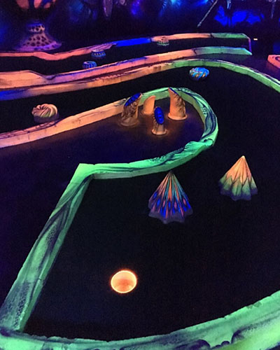 glowing rooms glow in the dark mini golf