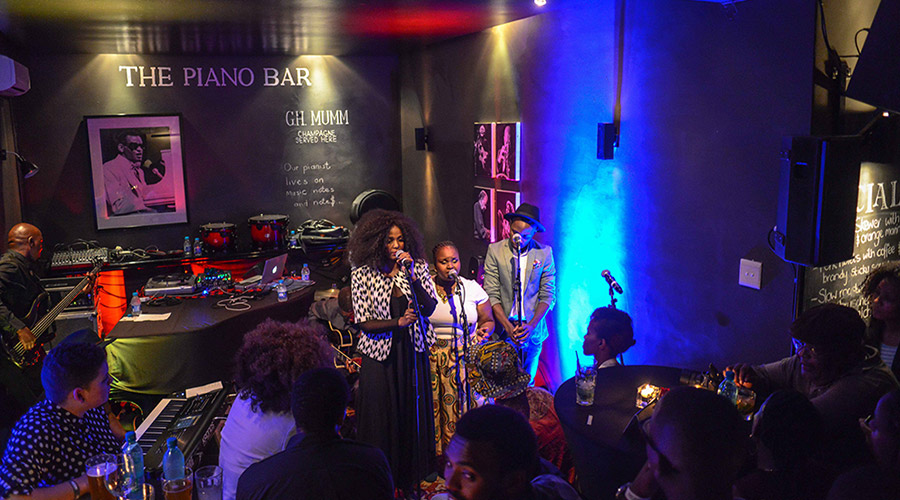 the piano bar live music performance