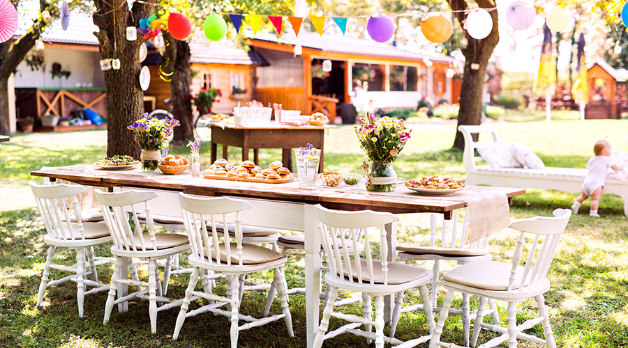 hosting an outdoor birthday party